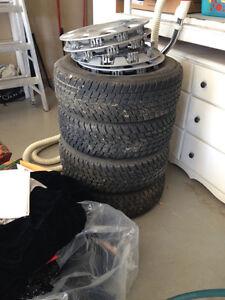 4 pneus d'hiver de New Beetle Volkswagen