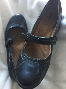 """Black Leather Comfy Shoe by """"Naturalizer"""""""