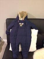 two snow suits for boy (6 months)