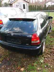 1999 Honda civic hatchback car  for parts or fix it up London Ontario image 2