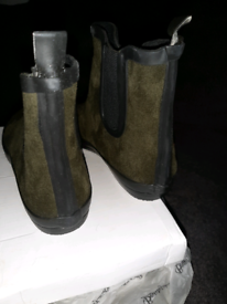 Ladies wellies size 4