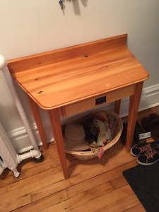 $30 entryway table with pull-out drawer