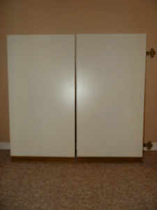 KITCHEN Cabinet Doors - Excellent Condition - All hardware inclu