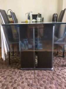 GLASS AND LEATHER DINING TABLE SET