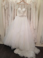 Beautiful Allure Wedding dress for sale