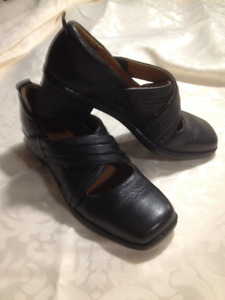 New Josef Seibel Black Leather Shoes Size 37