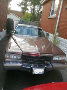 1990 Cadillac Brougham 5.7L Fuel Injected