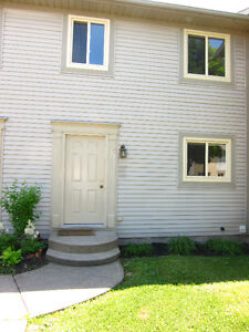 3 Bedroom Townhouse - St. Catharines Avail Feb 1, 2017