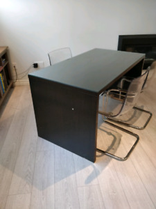 Ikea malm desk with glass top
