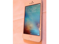 Apple iPhone 5 white 16GB unlocked to any network 1635