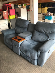 power Lazy Boy Sofa with charging center console