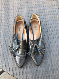 Clark's Leather Shoes (size 7)