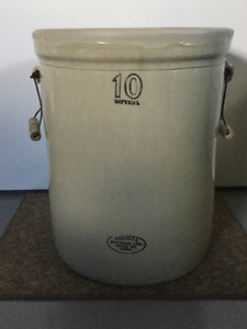 10 Gallon Stoneware Crock