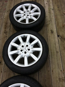18INCH BENZ WHEELS WITH PIRELLI TIRES