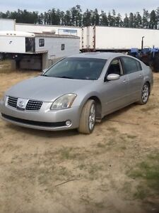 2006 Nissan Altima wheels and body parts