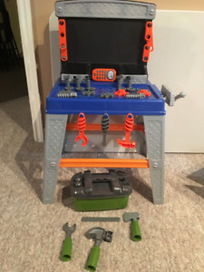 Tool Bench & Accessories (EUC)