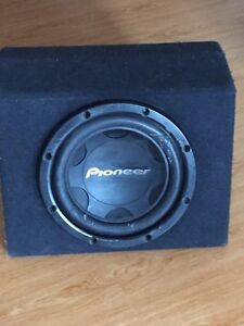 10 inch pioneer subwoofer with box used