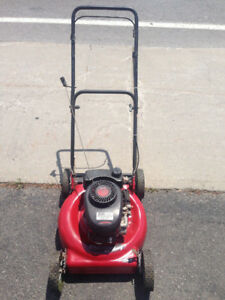 "tondeuse à essence 3.5 HP gas lawn mower 20"" cut Classic Murray"