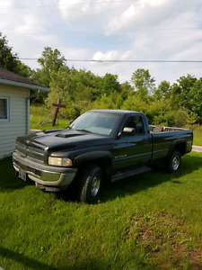 1996 4x4 5.2 dodge 1500 long box.