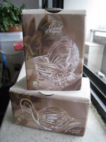 Brand new in box Cristal d'Arques Paris Swan & Baby Carriage