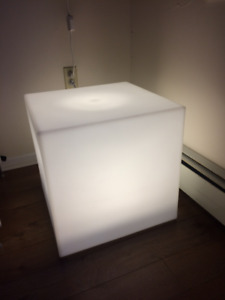 LIGHTING CUBE