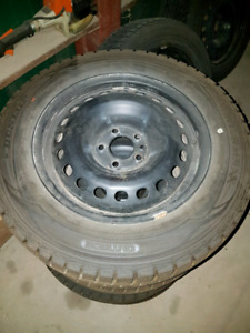 215 60 R16 snow tires and rims