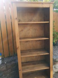 Pine Tall bookshelf