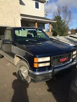 1998 GMC 2500 selling AS IS. Arnprior $2500 obo