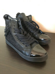 Women Black Sneakers size 7.5