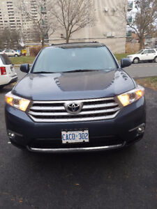 2012 Toyota Highlander Limited Edition SUV, Crossover LOADED