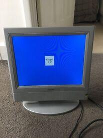 Small tv - no hdmi - good working order - no remote