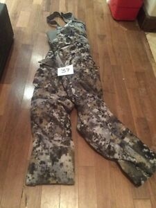 A pile of hunting clothing and accessories for sale Belleville Belleville Area image 2