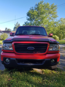 FORD RANGER FOR SALE 4X4,NO RUST,MVI GOOD UNTIL 2020