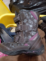 Girl boots size 10 - 13 kids