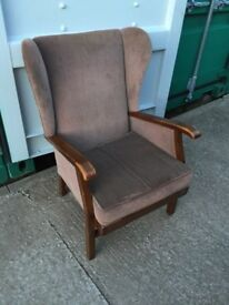 GRANDMOTHER CHAIR IN GOOD CONDITION