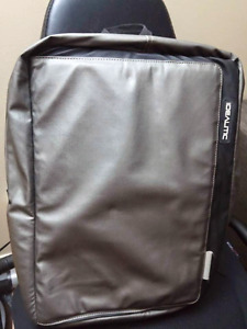 IDEALITIC Laptop Backpack