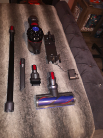Dyson v7 cordless vacuum cleaner