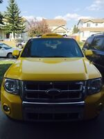 Fully loaded Ford Escape- best offer