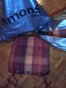 6 brand new Simons chair seat covers cushions