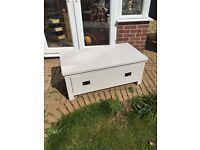 Oak TV cabinet/ chest