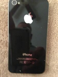 """"""" Reduced Price"""" Apple I Phone 4S, with Accessories, Only $80.00"""