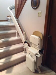 Acorn 180 Curved Stairlift $1000 O.B.O.