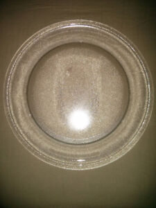 Microwave Glass Turntable Plate 12 1/2 inches - Yonge & Dundas