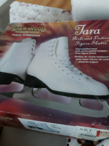 Sher-Wood Girls Skates-Size 1 (Tara)