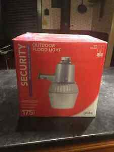 175 Watt Mercury Outdoor Flood Light