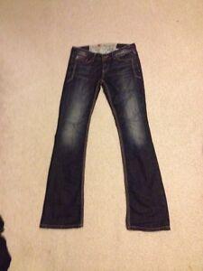 Premium guess jeans