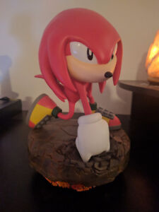 Knuckles First4Figures