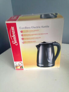 NEW SUNBEAM  ELECTRIC KETTLE