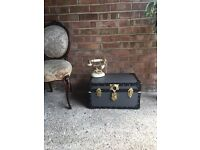 BEDSIDE TABLE TRUNK CHEST STORAGE BOX FREE DELIVERY BEAUTIFUL MODEL