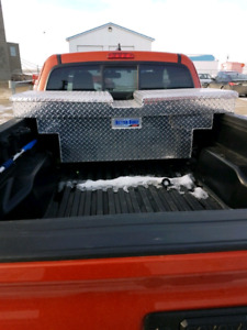 3rd gen 2016+ Tacoma gull wing toolbox